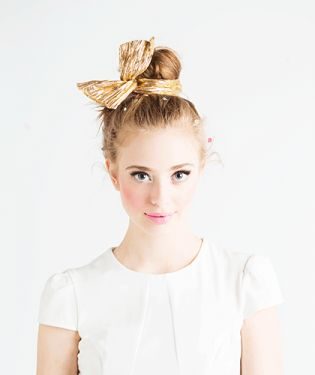 cute way to put your hair up! Ban.do Twist Scarf - Metallic Gold