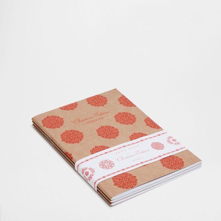 Papieren schriften met rode print (set van 3) - Tot € 35.99 - Geschenken   Zara Home België / Belgique
