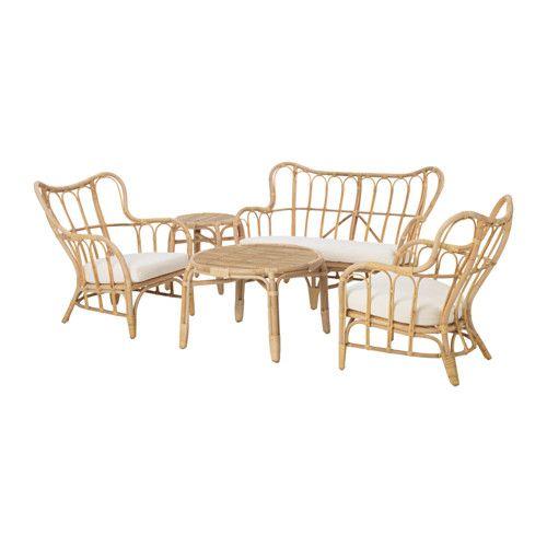 IKEA - MASTHOLMEN, 4er-Sitzgruppe/außen, , Handarbeit, geschaffen von talentierten Kunsthandwerkern.Möbel aus Naturmaterial sind leicht, dennoch stabil und langlebig.Kunststoffkappen schützen die Möbelfüße bei Kontakt mit feuchten Oberflächen.Die Sitzpolster sind besonders komfortabel durch füllige Polsterung mit hochelastischem Schaumstoff.Leicht sauber zu halten, da der Bezug maschinenwaschbar ist.Rundum bezogen, beidseitig anwendbar und daher länger haltbar.Feine Regentropfen lassen ...
