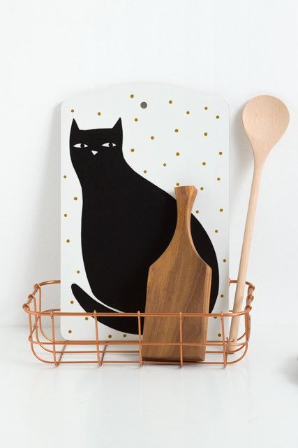 Yes, this is a cat-themed cutting board. Dream fulfilled.