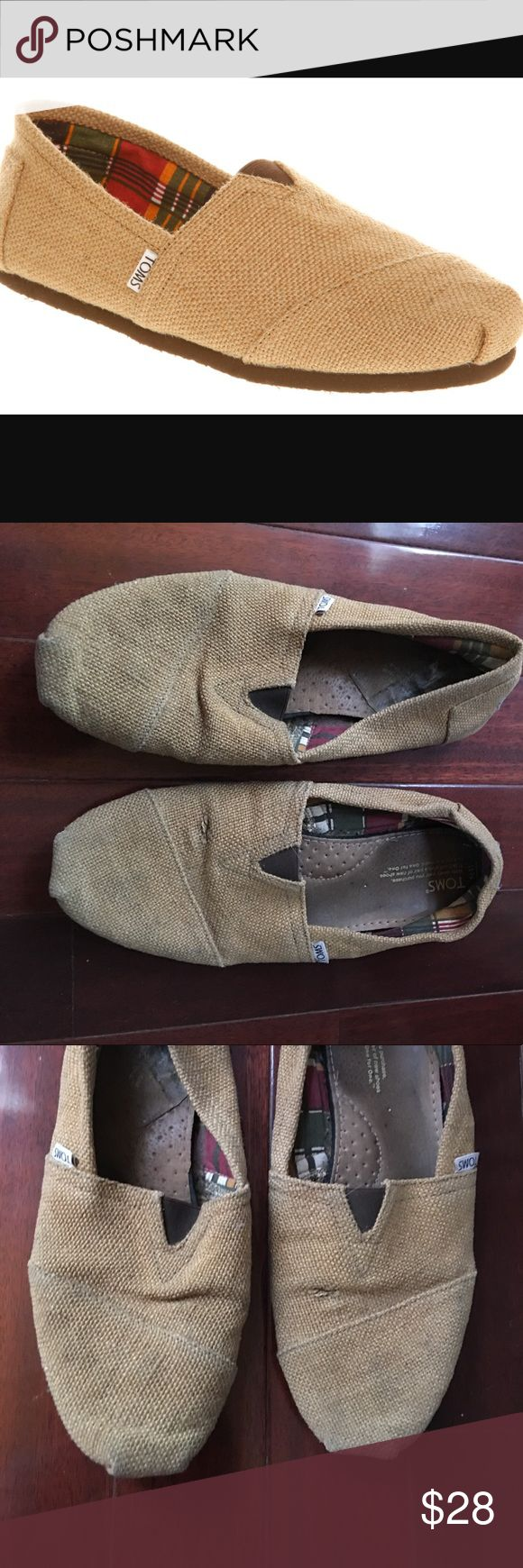 Burlap TOMS men's size 11 Burlap TOMS men's size 11. Used condition good, wear normal to bottoms and soles. Scuffs to back lower under tom logo.first picture to give better idea of look of shoes. Offers welcome. Toms Shoes Loafers & Slip-Ons