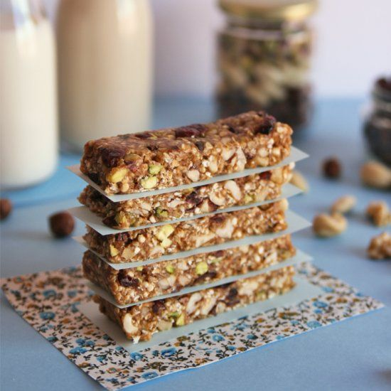 Vegan, sugar-free bars packed with healthy fats and bursting with energy!