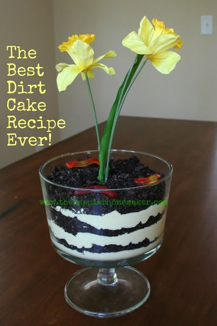 Best Dirt Cake Recipe Ever from The Happier Homemaker is a a super fun recipe to cook with the kids! Serve this in a trifle dish and add a faux flower plus gummy worms to give it a whimsical 'dirt-like' effect!