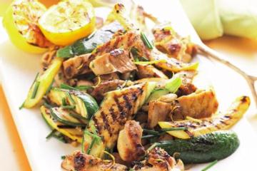 Summer ChickenGrilled Summer, Summer Meals, Food, Lemon Chicken, Summer Squashes, Healthy Recipe, Grilled Chicken Recipe, Chicken Breast, Grilled Recipe