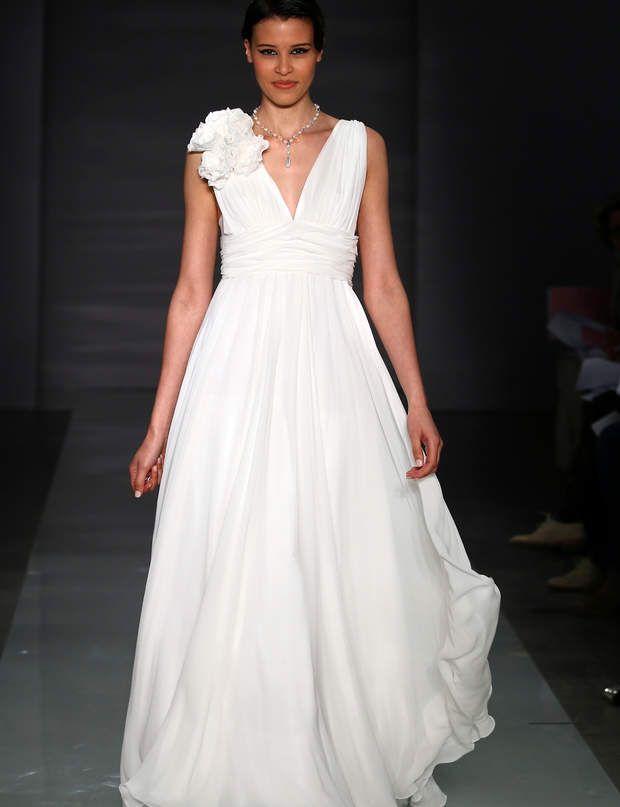 Célèbre Les 25 meilleures idées de la catégorie Robe de mariée vaporeuse  ZW74