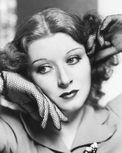 Greer Garson love the net gloves