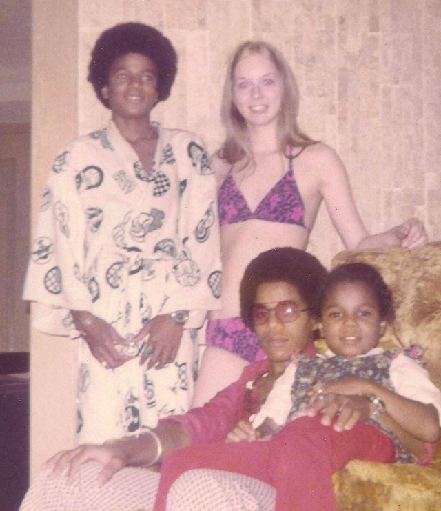 Jackson Family Rarities✌ @jackson.rare Michael, baby Jan...Instagram photo | Websta (Webstagram)