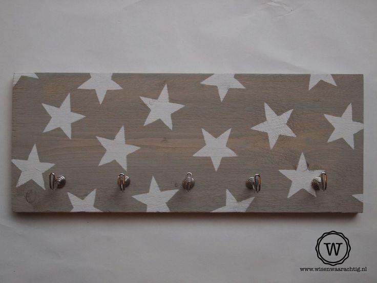 Steigerhouten #kapstok met witte sterren