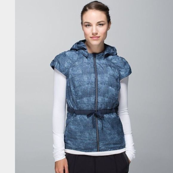 RARE LULULEMON VEST Perfect condition and very rare! Lmk if you have any questions! Has a detachable hood:) also sell on mercari at @Maggiemackinnon for cheaper lululemon athletica Jackets & Coats Vests