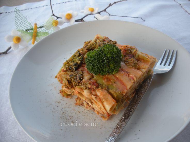 Lo sformato di penne broccoletti e sgombro è un primo piatto con verdure di stagione ottimo e saporito, da provare!