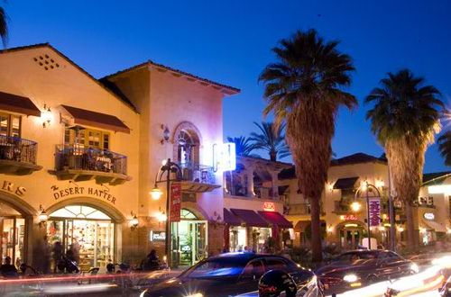 down town palm springs !!! good food, good shopping and a lot of stuff to look at
