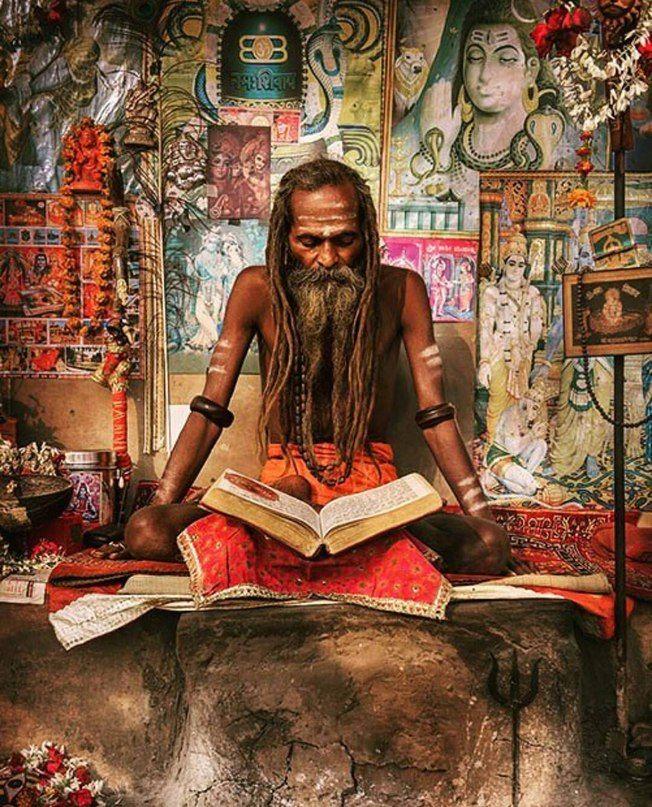 Грамм собственного опыта стоит дороже тонны чужих наставлений.    Махатма Ганди    🌐 instagram.com/yogazeta   #Indian #Ethnic #NewAge #Yoga #Mantras