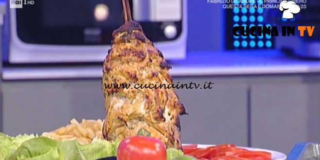 Ketchup Ricetta Mainardi.Prova Del Cuoco Kebab Di Pollo Ricetta Mainardi Cucina In Tv Ricette Kebab Ricette Kebab