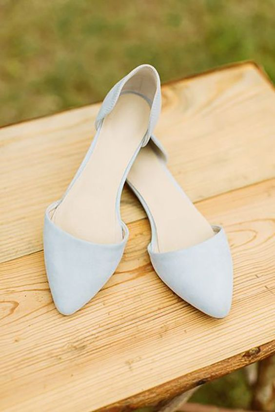 Pointed Powder Blue Flats For A Something Touch At The Wedding Shoes Wedidngshoes Weddings Wedidngideas Weddingshoes