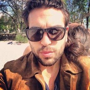 Elyas M'Barek über unmoralische Angebote und was er sexy findet ...