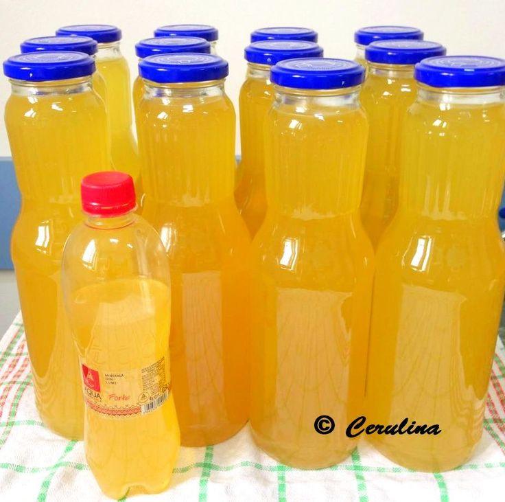 Ingrediente 6 l apa rece 9 kg zahar 2,600kg flori de soc 136 gr sare de lamaie (17 pliculete a 8 gr plicul) 12 bucati aspirina netamponata facuta pulbere Mod de preparare Varianta 1 Zaharul si sare…