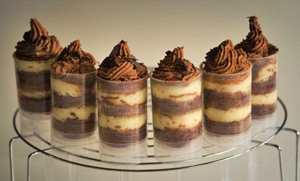 Push-Up Pops aus Cheesecake und Brownies