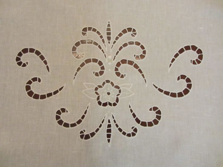 Oltre 1000 idee su carta ricamo su pinterest punto for Macchina da cucire salmoiraghi 133
