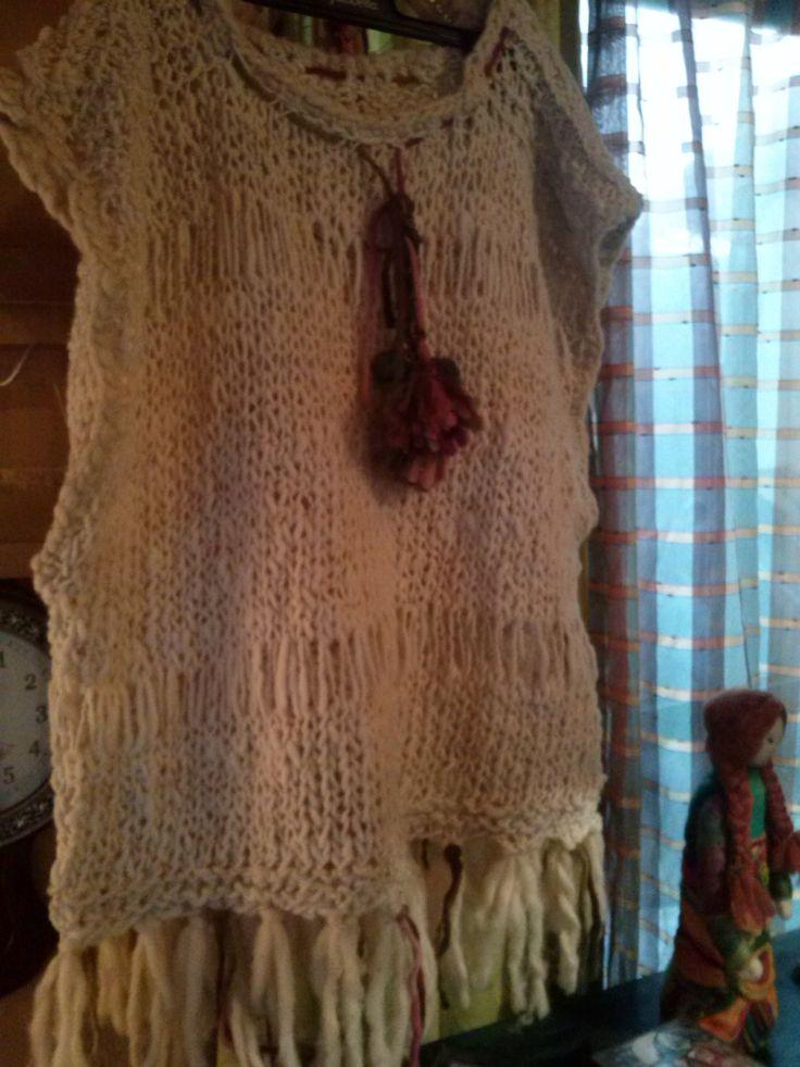 Poncho lana  rustica natural tejido a palillo