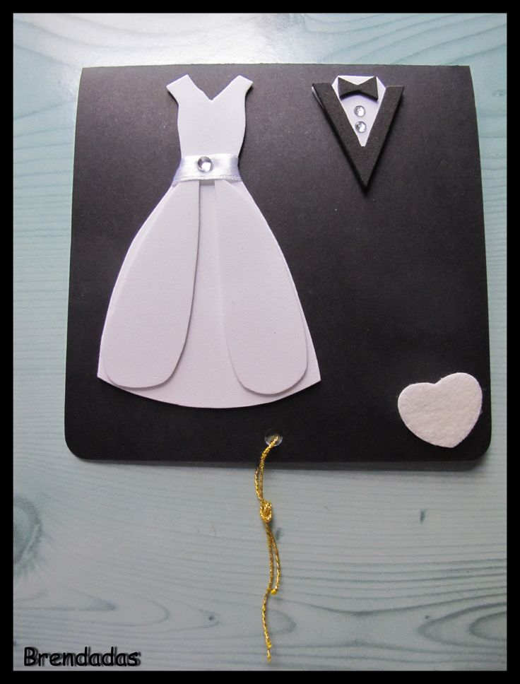 Tarjeta para boda con vestidos de novio