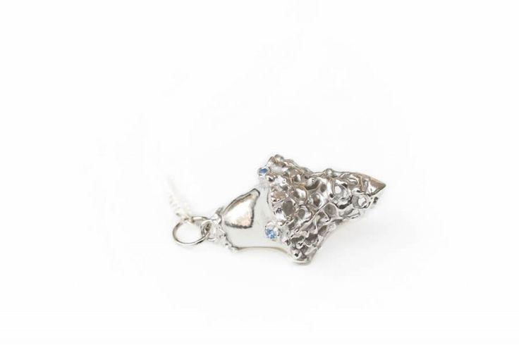 Curiosity pendant | hanger | Art Styles jewelry | zilver | Studio Art Styles