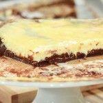 Υπέροχο γλυκό με δύο αγαπημένες γεύσεις μαζί.Browniesκαιcheesecake. Απολαύστε το με μια μπάλα παγωτό. Χρόνος Προετοιμασίας: 30΄ Χρόνος Εκτέλεσης: Ψήσιμο: 35΄ Για 1 ταψάκι 20×20 εκ. Για το μίγμα brownies 90 γρ. σοκολάτα κουβερτούρα 90 γρ. αλεύρι κοσκινισμένο 120 γρ. μαργαρίνη [...]