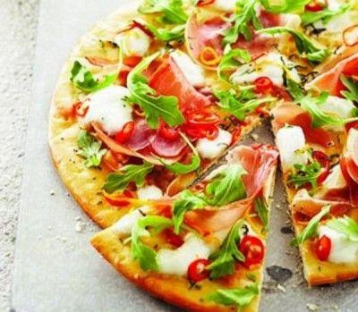 Prosciutto and arugula pizza | 10 delicious pizza recipes