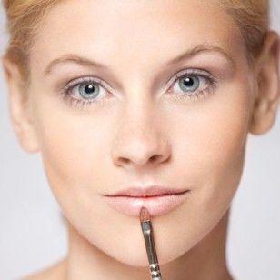 Die Profi-Tricks  Schminkschule: Mit Make-up clever kaschieren