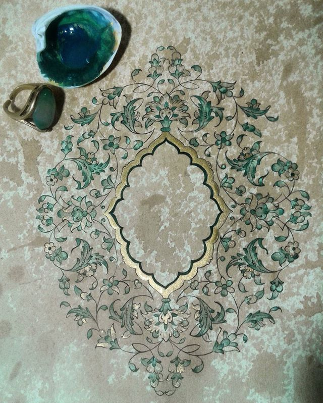 چشمهای یشمی مادرم نگین انگشتریست که صفای قلبش را در خانه کوچکمان منعکس میکند ♥♡♥♡ #طراحی #تذهيب #هنراسلامی #تشعیر #islamicart #islamicpattern #wip #biomorph #artnerd #work #artwork