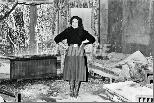 17 Best Images About Grey Gardens On Pinterest East Hampton Andy Warhol And Bath Robes