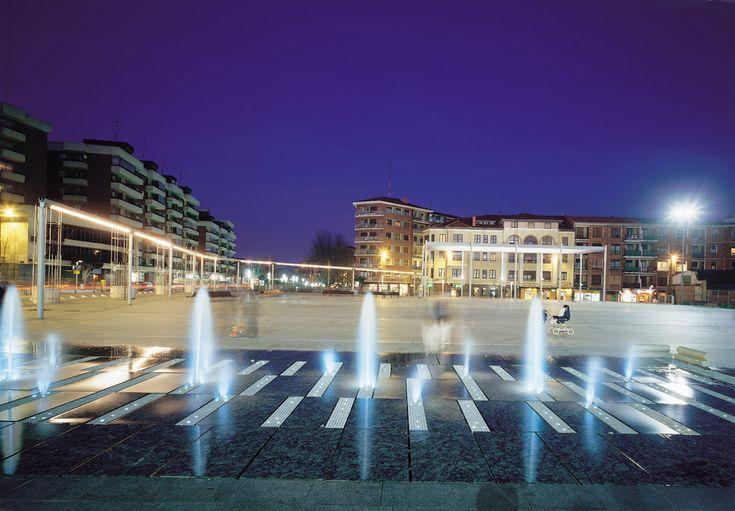 03 Las Arenas Square by ACXT « Landscape Architecture Works | Landezine