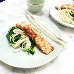 Zalm+recept+–+zalm+bakken+met+spinazie+en+noodles