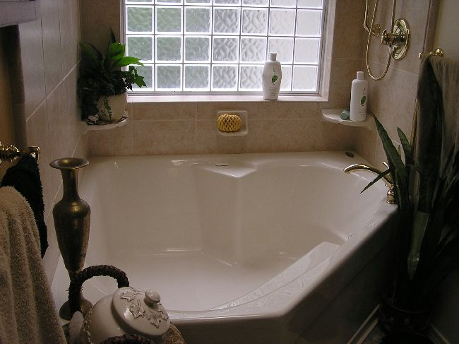13 Best Images About Garden Tub Decor On Pinterest