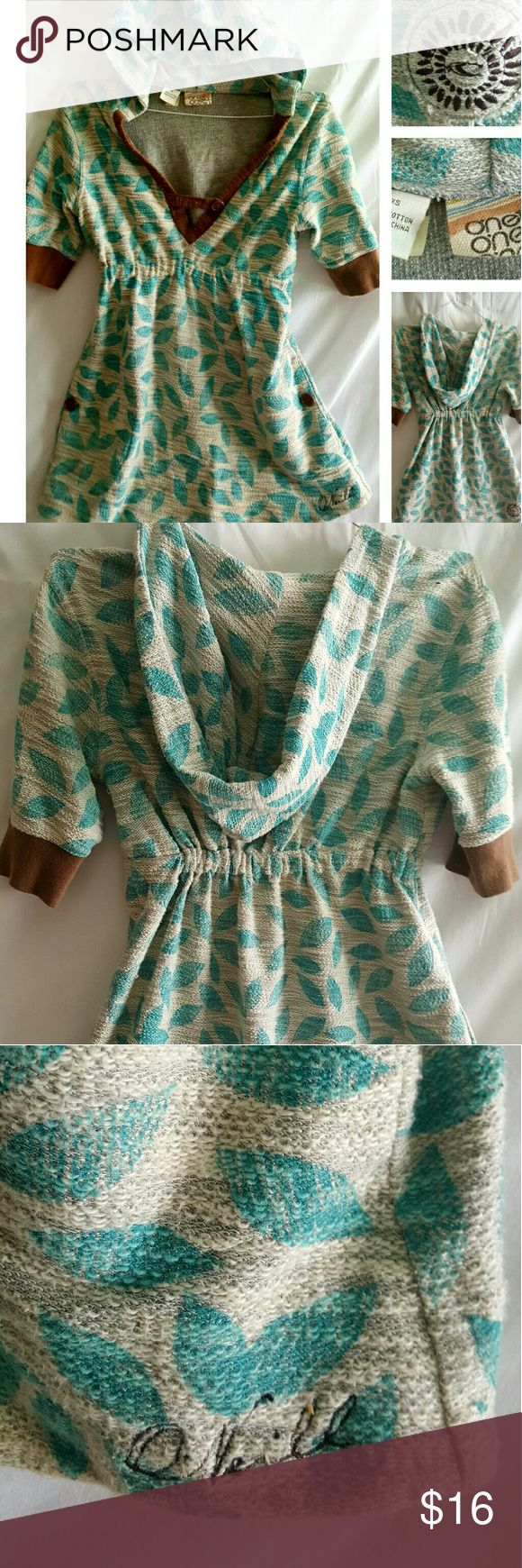 O'Neil Beach Cover Up women's Great little 100% cotton pullover hoodie.   Beige with turquoise leaves. Gently used. O'Neill Tops Sweatshirts & Hoodies