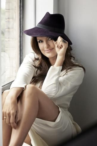 Mariska Hargitay's Second Act | Health, Beauty, Fashion, Love, Careers and more - MORE Magazine