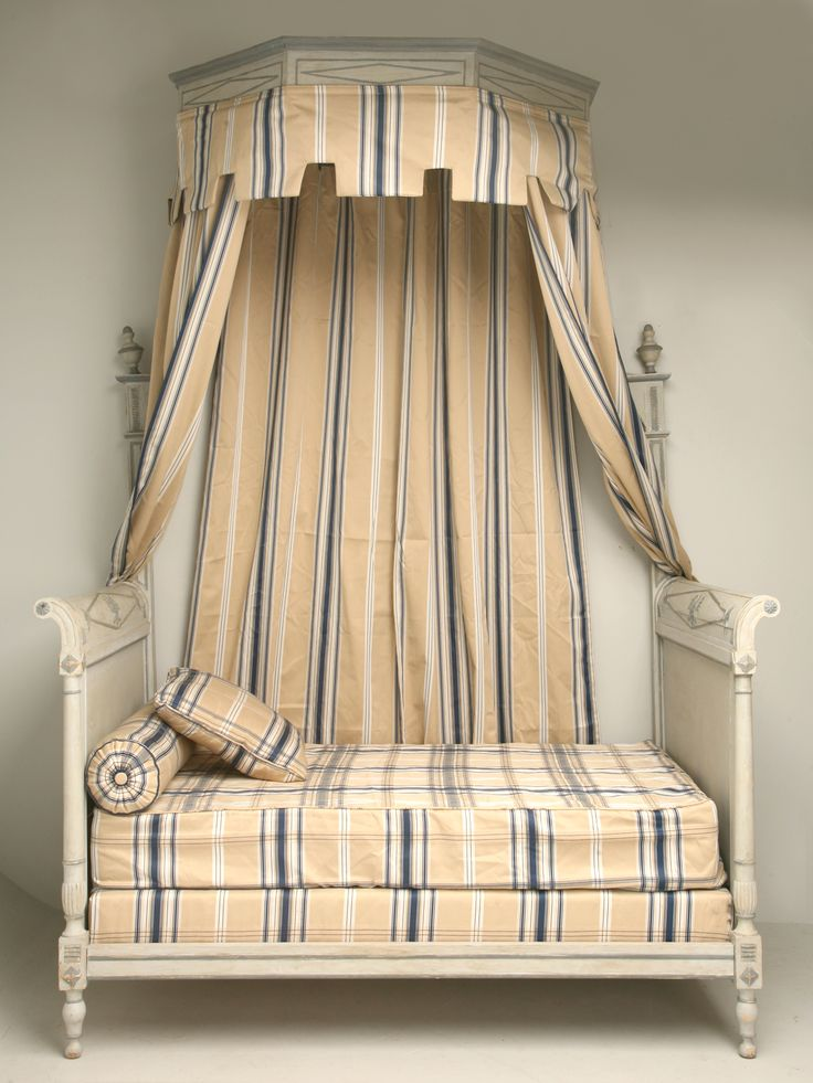 Eye for design decorating french empire style bedrooms for French style gazebo