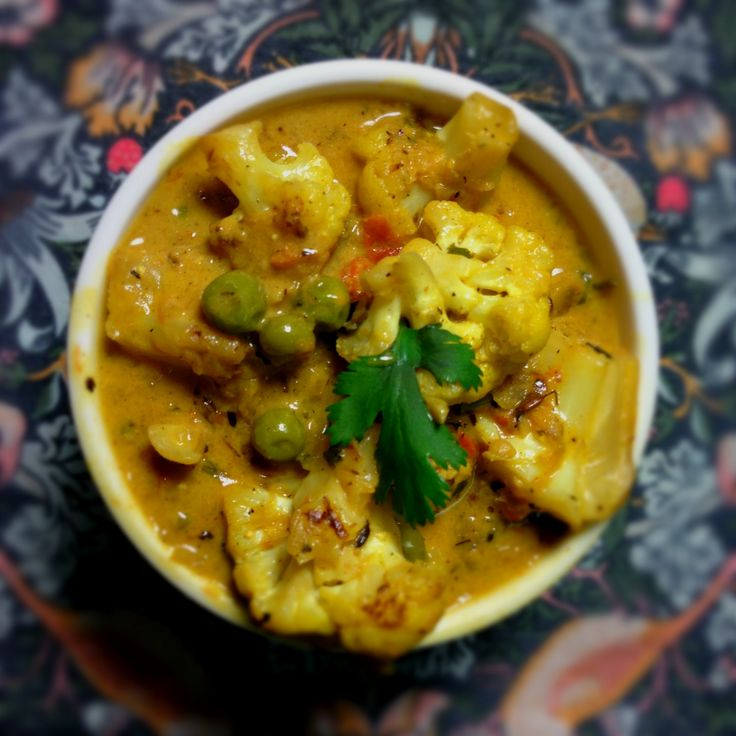 Indian Yellow Curry Cauliflower