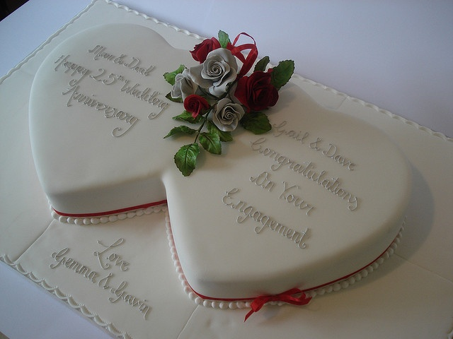 Cake Ideas For Parents Anniversary : 31 best Ruby Anniversary Cakes images on Pinterest Ruby ...