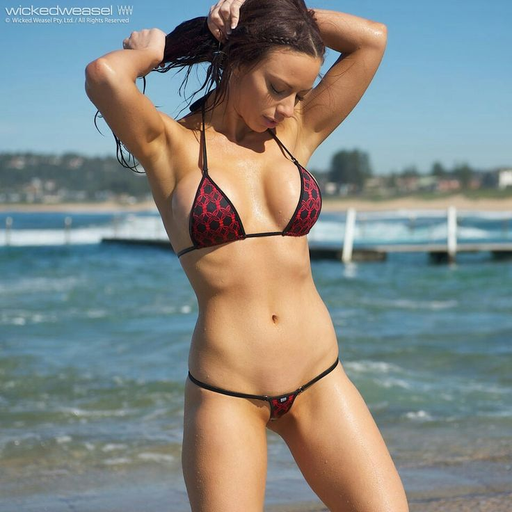 Women with strong body nude photos