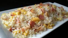 El arroz frito con bacon (tocineta o panceta en otros lugares) es fácil y muy rápido de preparar. Para todos aquéllos a quienes les gusta el arroz y no saben qué echarle al arroz tres delicias cuando deciden prepararlo en casa, os propongo un arroz frito con sólo tres ingredientes:...