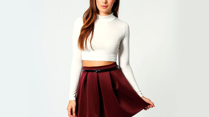 Roll neck crop top | Znaffle, #Znaffle, #BeckyG, #StealHerStyle, #WhatStarsWear, Spot this item in the original music video, http://znaffle.com/videos/becky-g-play-it-again-537