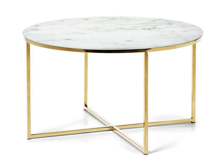 Bellissa är ett trendigt soffbord i matt glas med tryckt marmormönster och underrede i blank mässing eller krom. Bordet passar till många av våra soffor och storleken på bordet gör att det passar extra bra till någon av våra u-kombinationer.