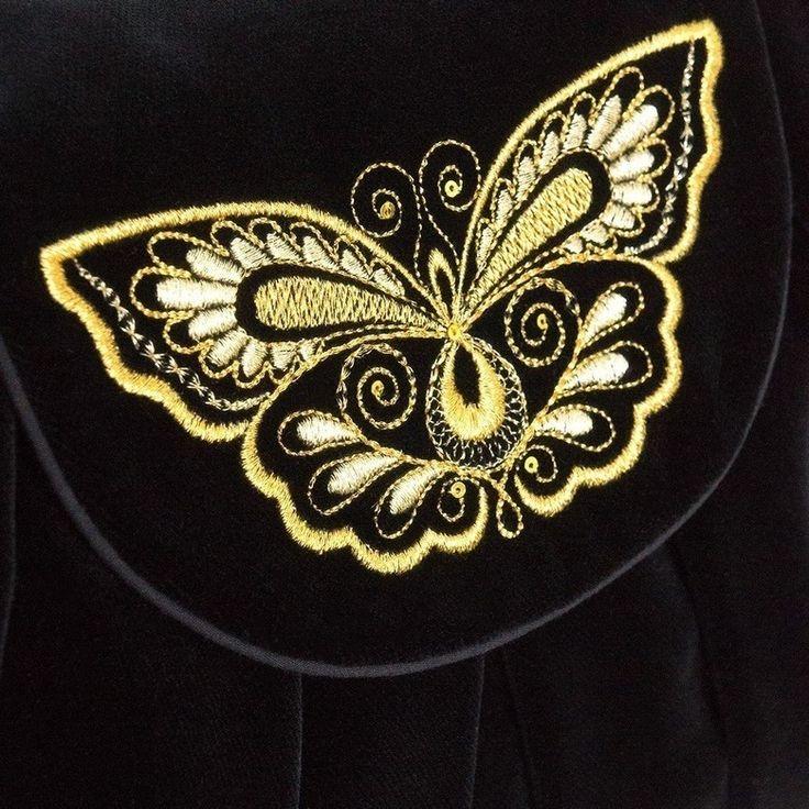 Бархатная женская сумка «Махаон» с золотой вышивкой | Торжокские золотошвеи