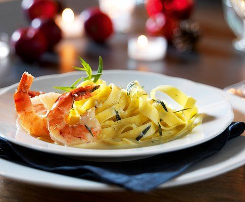 tagliatelle with prawns and lemon-tarragon sauce