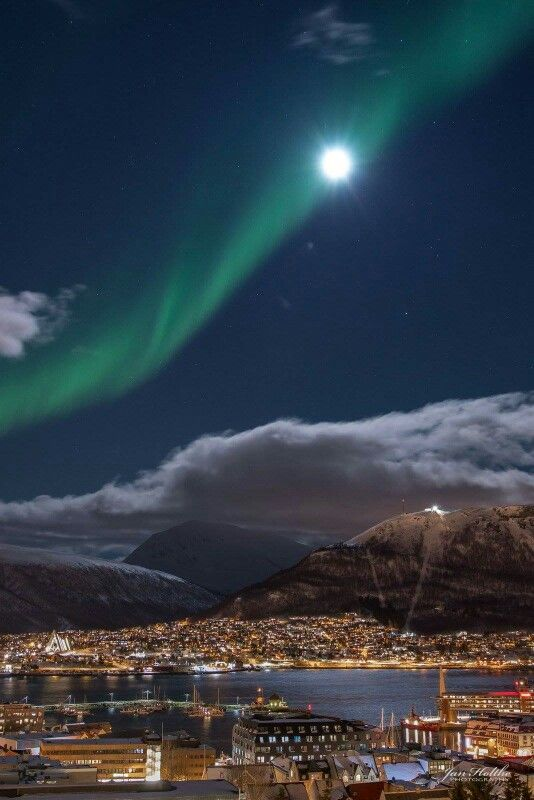Aurora Borealis over Tromsø, Northern Norway Feb. 19th 2016