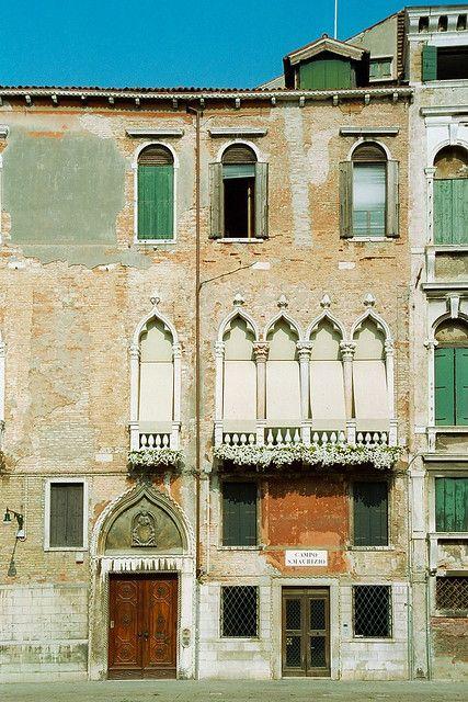 Campo San Maurizio, Venice