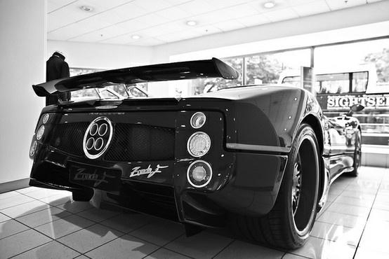 automotive / Pagani Zonda F