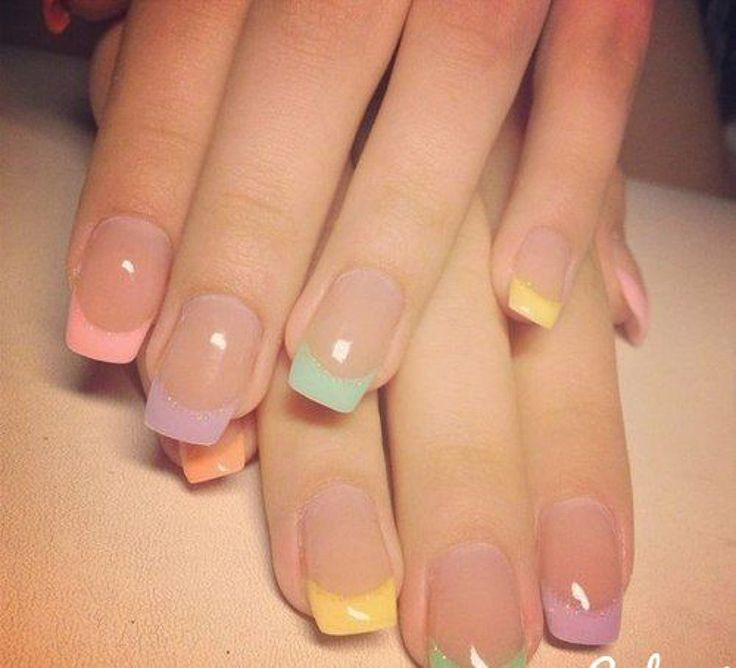 French manicure: Color jacket