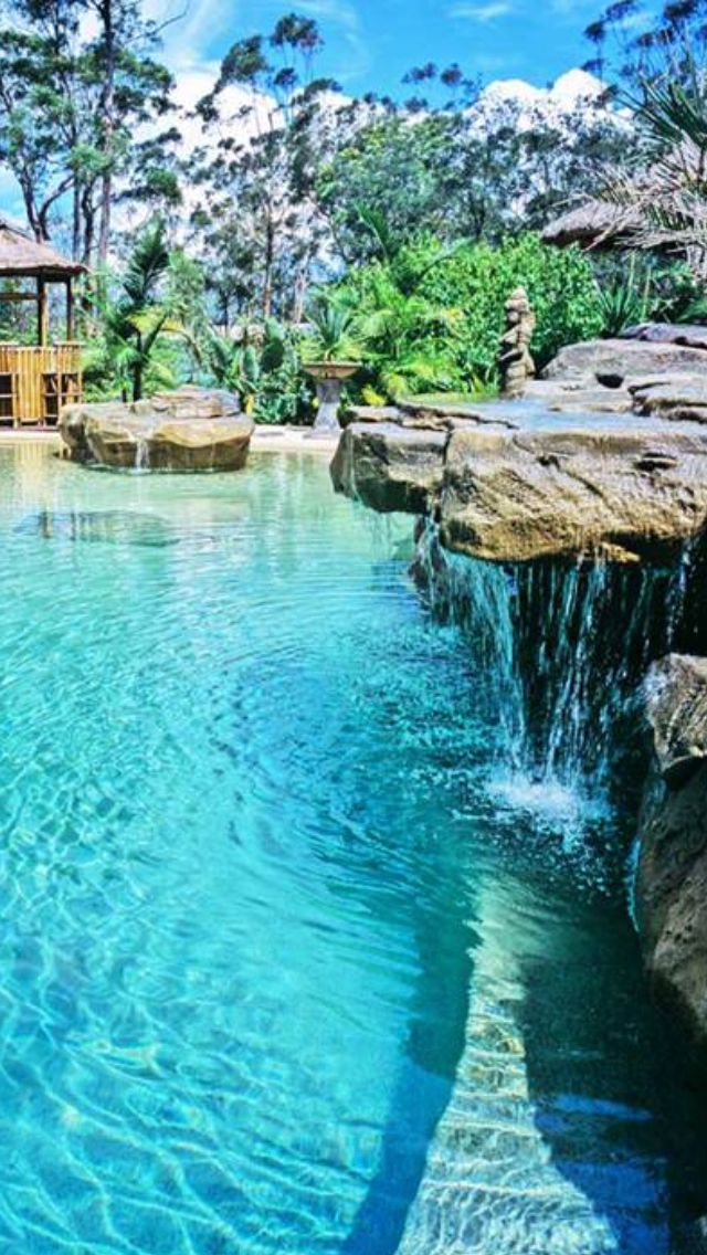 25 Best Ideas About Luxury Pools On Pinterest Luxury Swimming Pools Villa And Cool Swimming