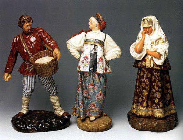 : Императорский фарфоровый завод. Санкт - Петербург. При  Якобе  Рашете  были  изготовлены  фигурки   представителей  всех  народностей  России.
